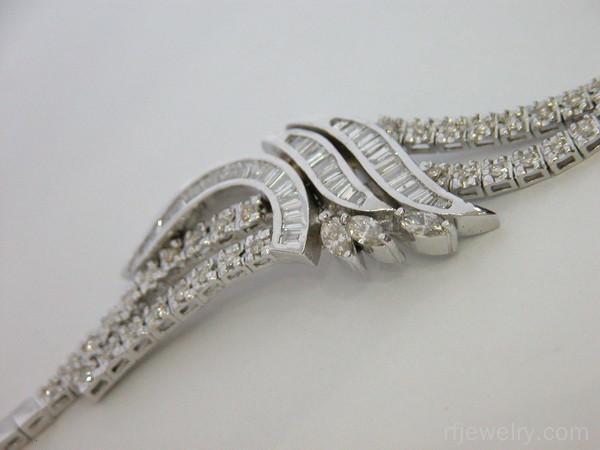 دستبند جواهر باگت - کد 8336